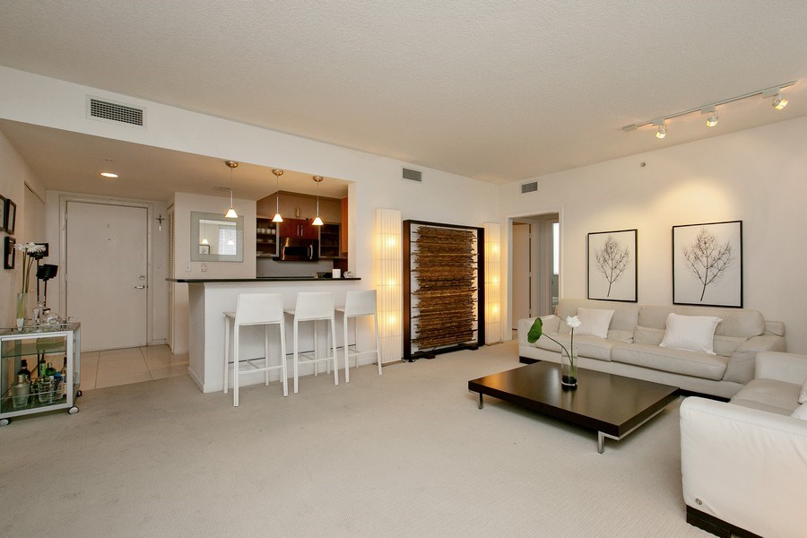 Real Estate Photography - 2775 NE 187th Street, 414, Aventura, FL, 33180 - Living Room