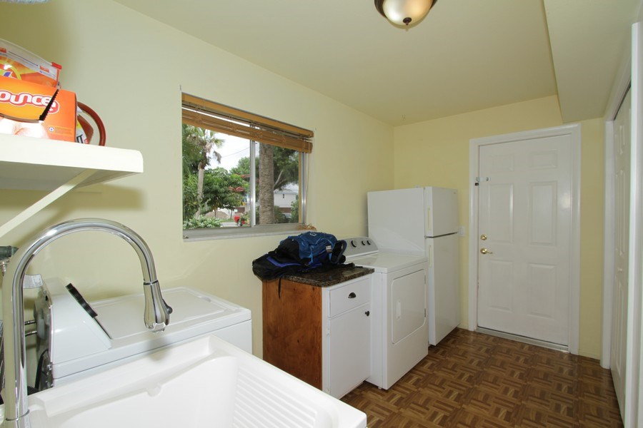 Real Estate Photography - 7146 Shannon Blvd, Fort Myers, FL, 33908 - Laundry Room