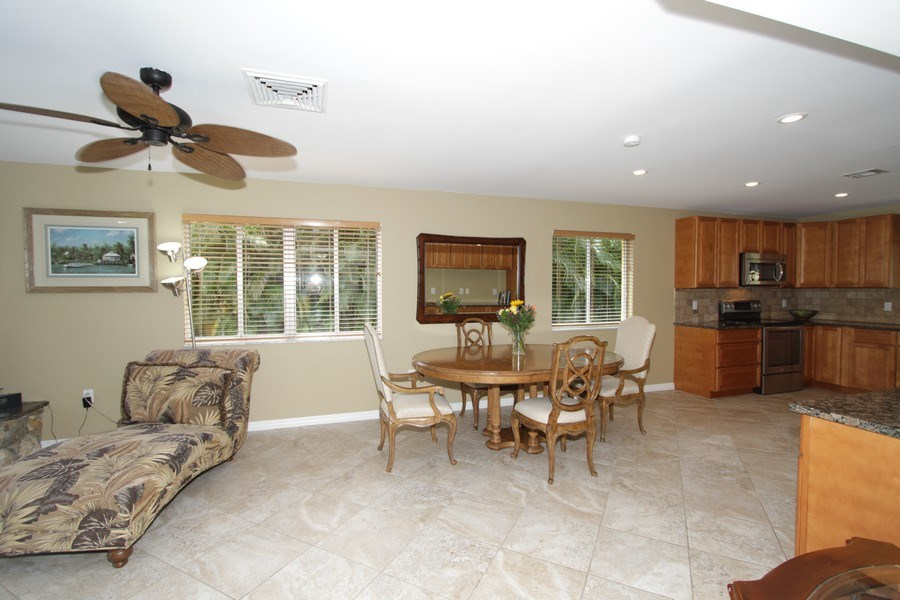 Real Estate Photography - 7146 Shannon Blvd, Fort Myers, FL, 33908 - Kitchen/Dining