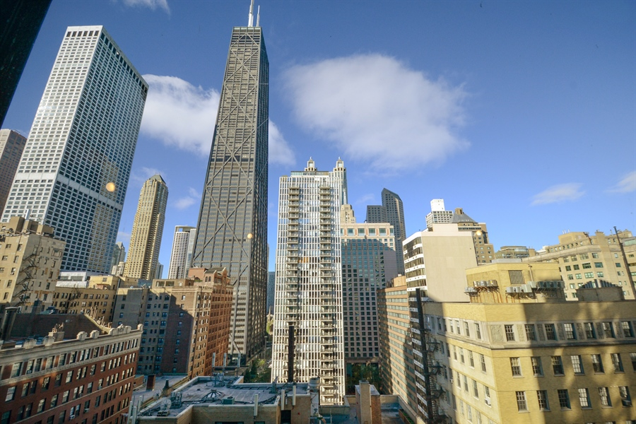 Real Estate Photography - 900 N. Lake SHore Drive, #1703, Chicago, IL, 60611 - Master  Bedroom view