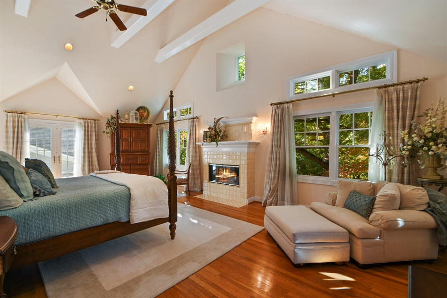 Real Estate Photography - 521 Durham Drive, Frankfort, IL, 60423 - Master Bedroom