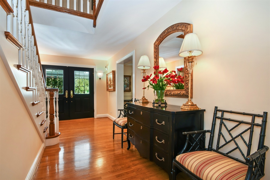 Real Estate Photography - 521 Durham Drive, Frankfort, IL, 60423 - Foyer