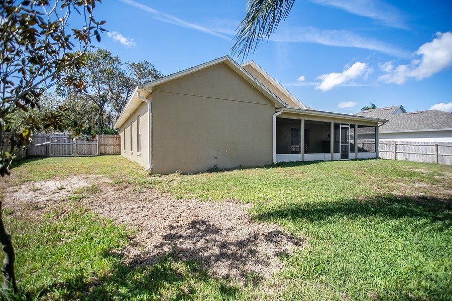 Real Estate Photography - 605 Bent Oak Loop, Davenport, FL, 33837 - View