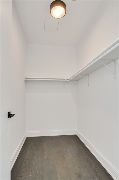 Real Estate Photography - 111 S Peoria St, Chicago, IL, 60607 - Closet