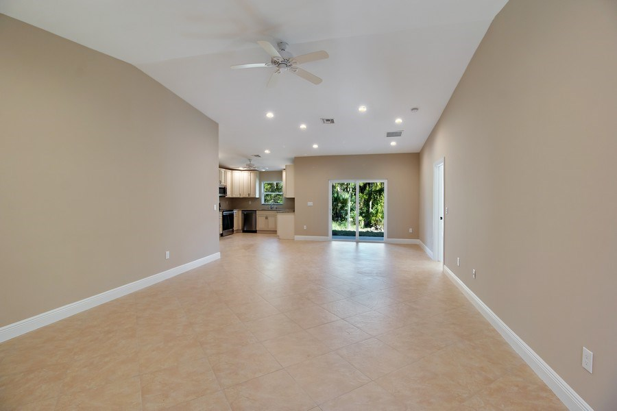 Real Estate Photography - 4093 SW 66th Ave, Palm City, FL, 34990 - Great Room