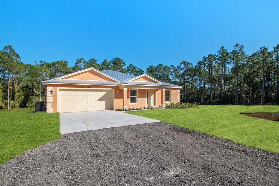 Real Estate Photography - 4093 SW 66th Ave, Palm City, FL, 34990 - Front View