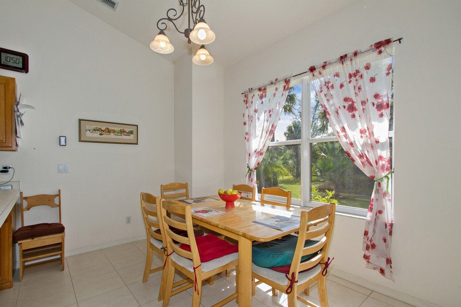 Real Estate Photography - 3930 24th Ave SE, Naples, FL, 34117 - Breakfast Area
