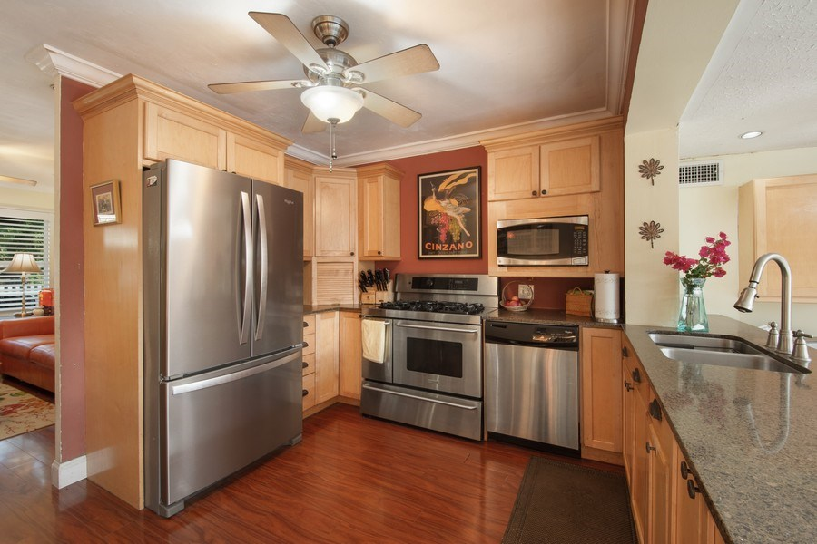 Real Estate Photography - 2741 NE 6th Avenue, Wilton Manors, FL, 33334 - Kitchen