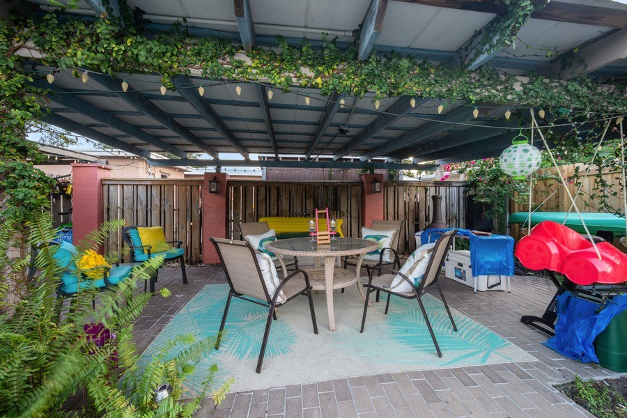 Real Estate Photography - 2741 NE 6th Avenue, Wilton Manors, FL, 33334 - Gazebo