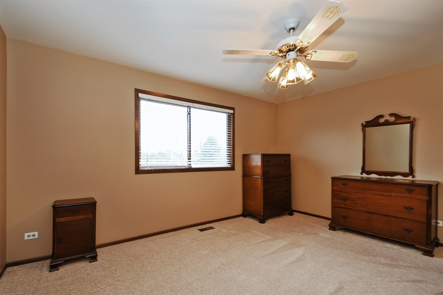 Real Estate Photography - 14304 Clearview Ct, Orland Park, IL, 60462 - Bedroom