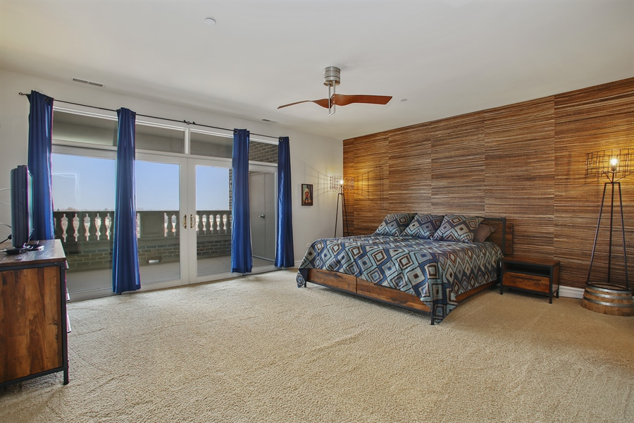 Real Estate Photography - 151 Wing, Unit 706, Arlington Heights, IL, 60005 - Master Bedroom
