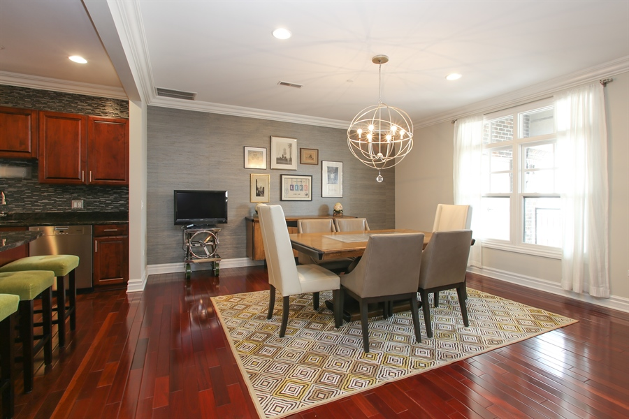 Real Estate Photography - 151 Wing, Unit 706, Arlington Heights, IL, 60005 - Dining Room
