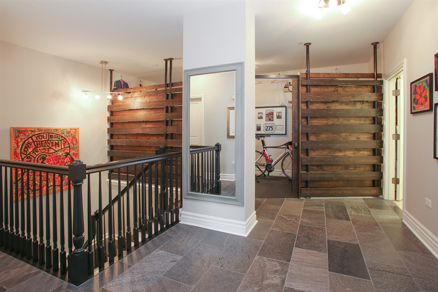 Real Estate Photography - 151 Wing, Unit 706, Arlington Heights, IL, 60005 - Hallway