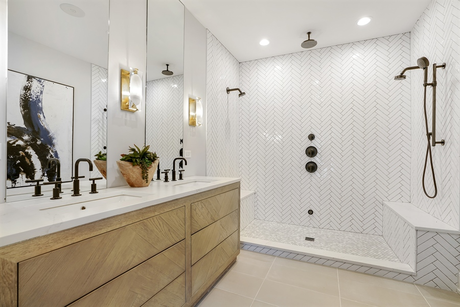 Real Estate Photography - 1906 N Hoyne Ave, Chicago, IL, 60639 - Master Bathroom