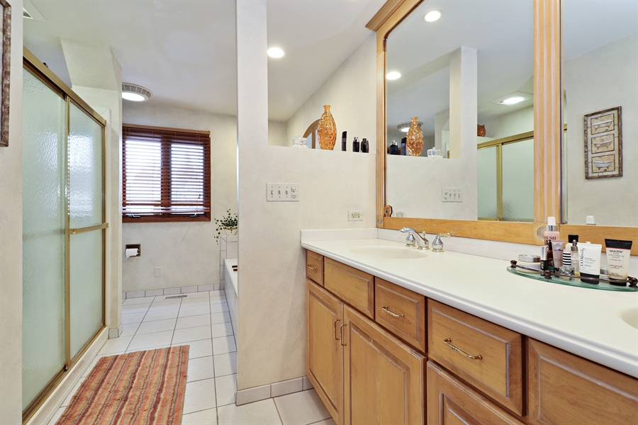 Real Estate Photography - 8658 Butterfield Lane, orland park, IL, 60462 - Master Bathroom