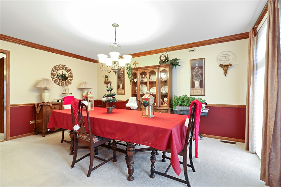 Real Estate Photography - 8658 Butterfield Lane, orland park, IL, 60462 - Dining Room