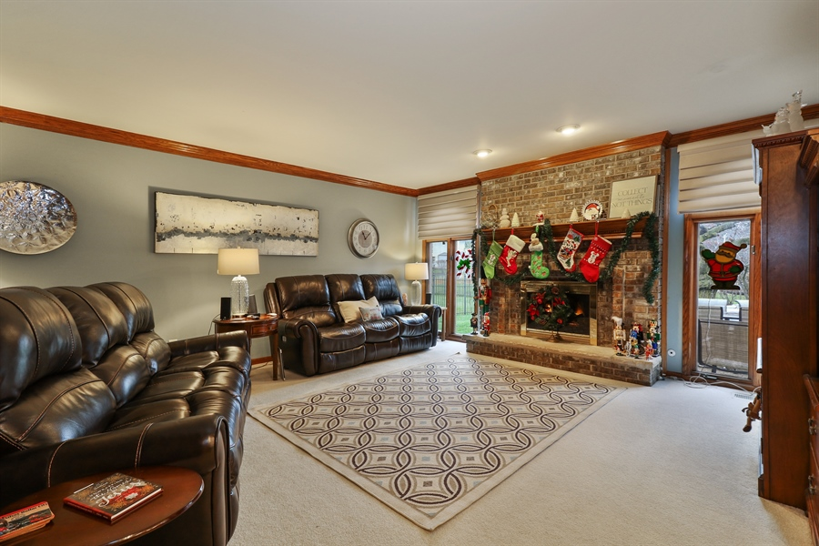 Real Estate Photography - 8658 Butterfield Lane, orland park, IL, 60462 - Family Room