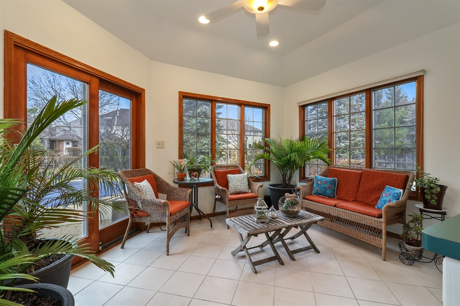 Real Estate Photography - 8658 Butterfield Lane, orland park, IL, 60462 - Sun Room