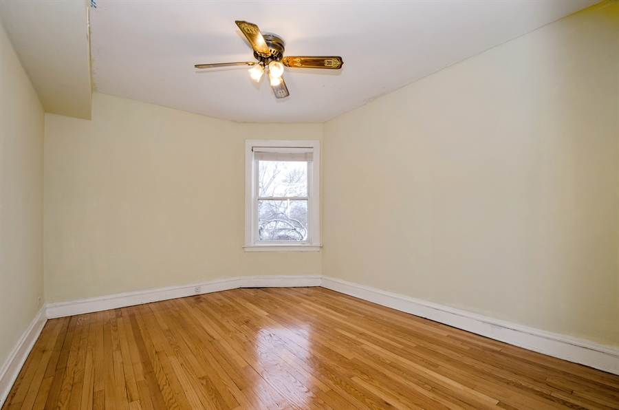 Real Estate Photography - 2729 Jarvis, Chicago, IL, 60645 - 2nd Bedroom