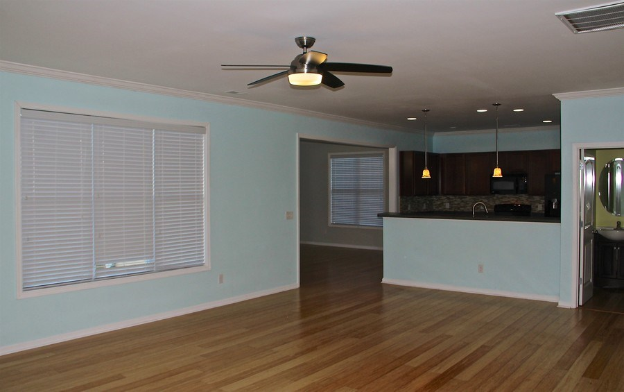 Real Estate Photography - 6409 Fawn Settle Dr, Wilmington, NC, 28409 - Living Room