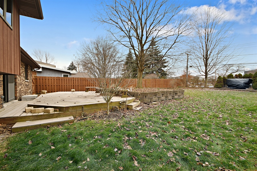 Real Estate Photography - 17140 70th Ave, Tinley Park, IL, 60477 - Back Yard