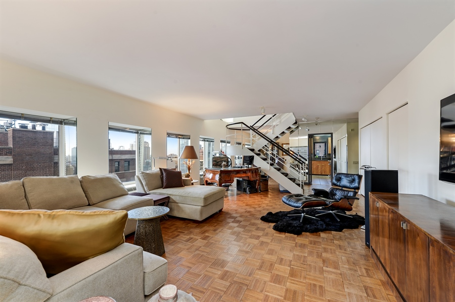 Real Estate Photography - 1100 N Lake Shore Dr, Unit 19C, Chicago, IL, 60611 - Living Room