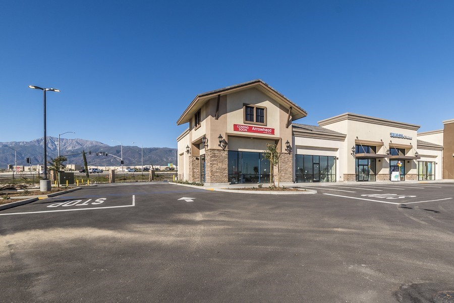 Real Estate Photography - 16944 S. Highland Ave, Ste 400,Dentist of Fontana, Fontana, CA, 92335 - Front View