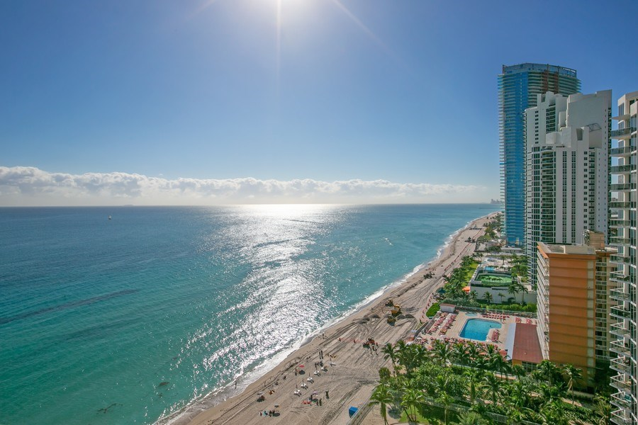 Real Estate Photography - 19333 Collins Ave, Apt 2001, Sunny Isles Beach, FL, 33160 - South View