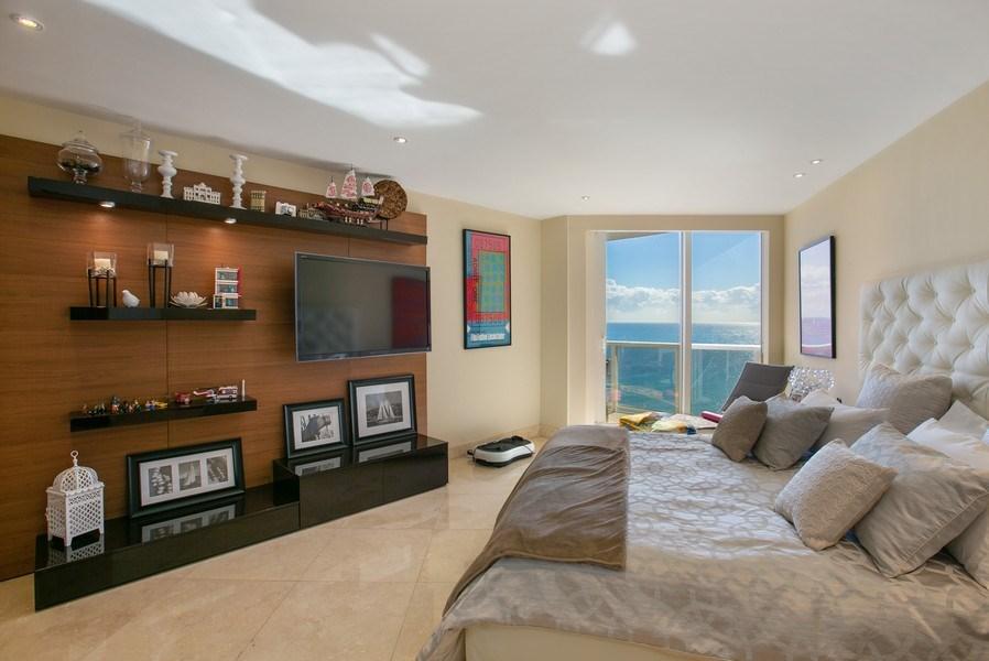 Real Estate Photography - 19333 Collins Ave, apt 1802, Aventura, FL, 33160 - Master Bedroom_2