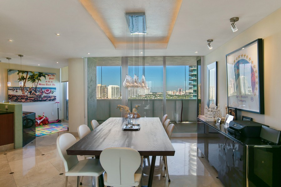 Real Estate Photography - 19333 Collins Ave, apt 1802, Aventura, FL, 33160 - Dining Room