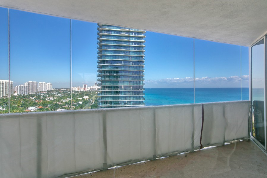 Real Estate Photography - 19333 Collins Ave, apt 1802, Aventura, FL, 33160 - North_West View_2nd Terrace
