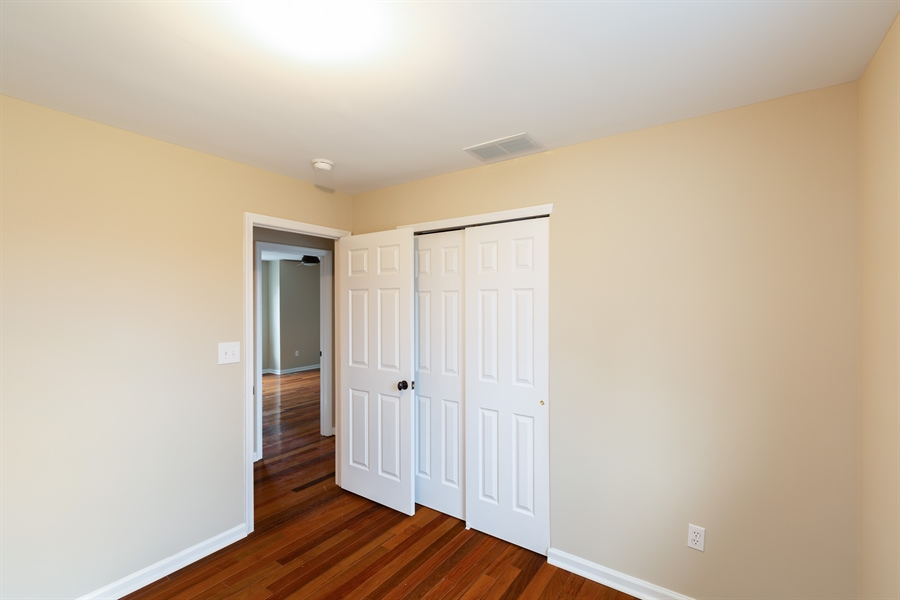 Real Estate Photography - 412 E 3RD AVE, RUNNEMEDE, NJ, 08078 -