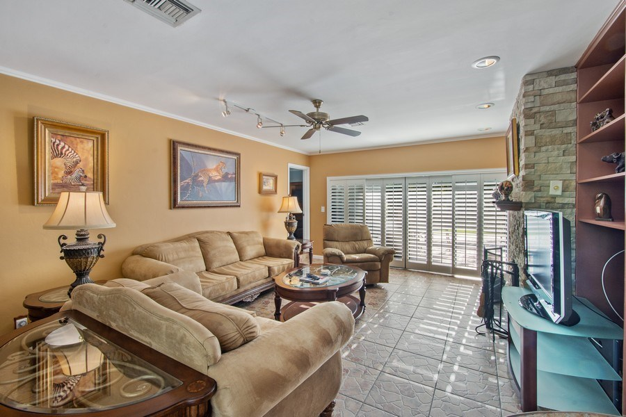 Real Estate Photography - 5811 NE 14th Ln, Fort Lauderdale, FL, 33334 - Living Room