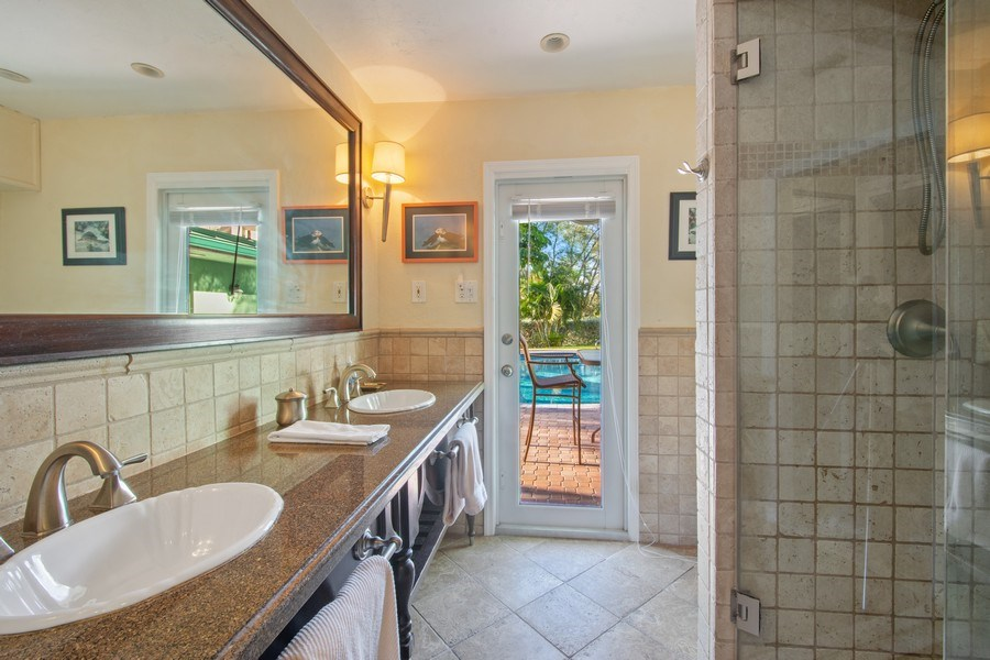 Real Estate Photography - 5811 NE 14th Ln, Fort Lauderdale, FL, 33334 - Master Bathroom