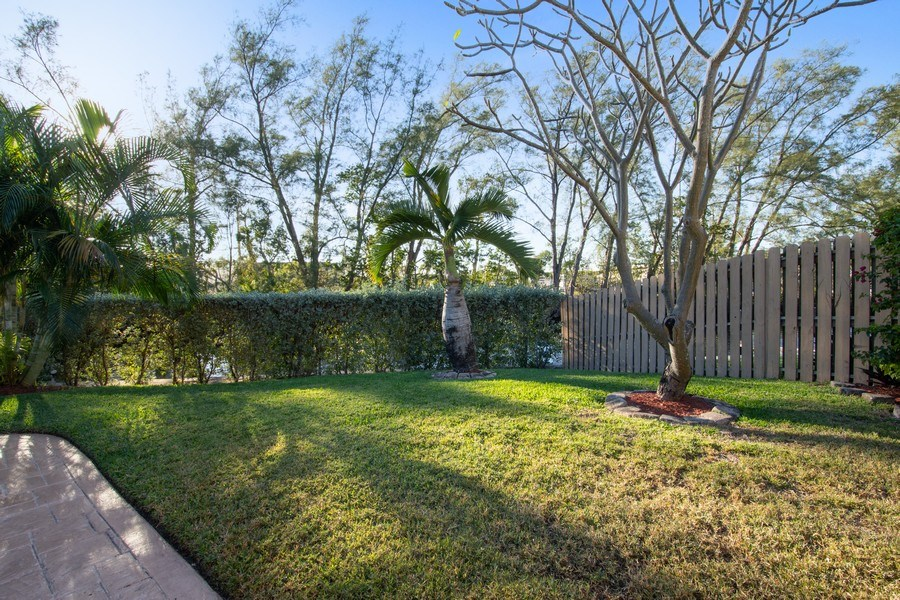 Real Estate Photography - 5811 NE 14th Ln, Fort Lauderdale, FL, 33334 - Back Yard