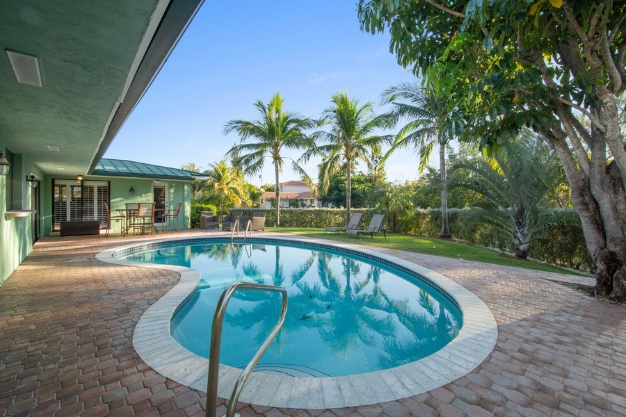 Real Estate Photography - 5811 NE 14th Ln, Fort Lauderdale, FL, 33334 - Pool