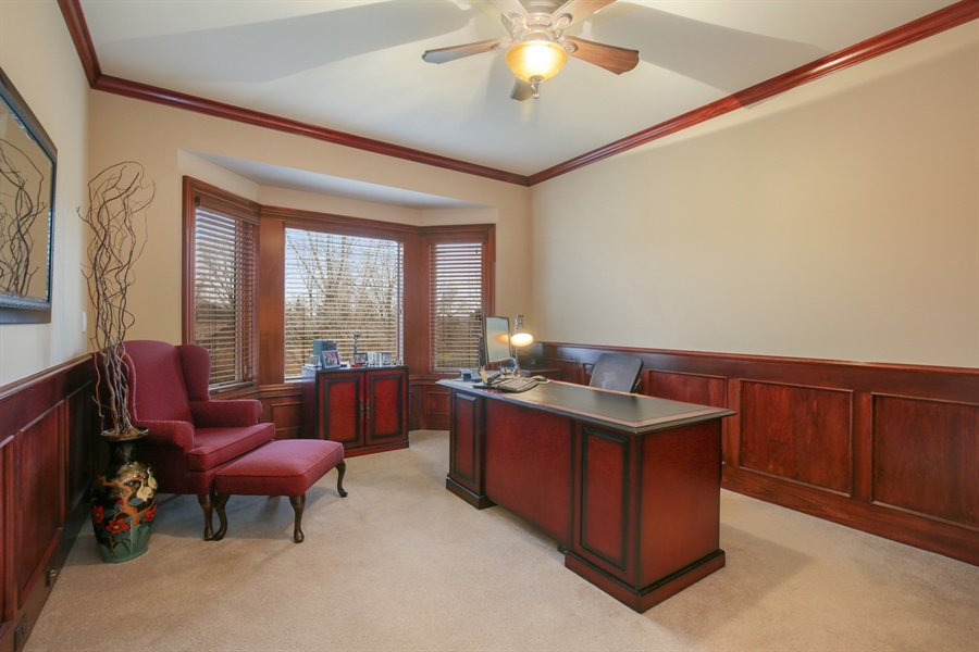 Real Estate Photography - 39W689 Walt Whitman Rd, St Charles, IL, 60175 - Office