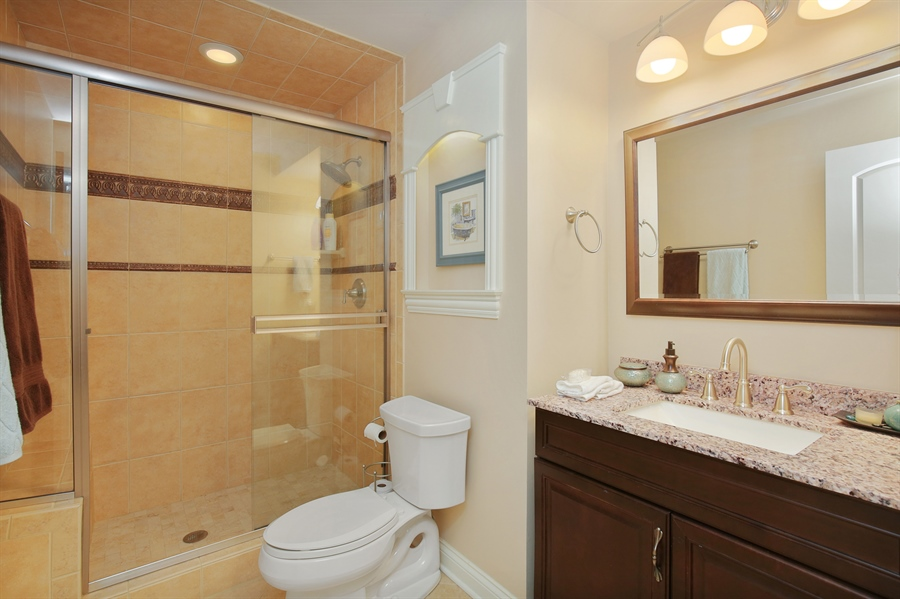 Real Estate Photography - 39W689 Walt Whitman Rd, St Charles, IL, 60175 - 2nd Bathroom