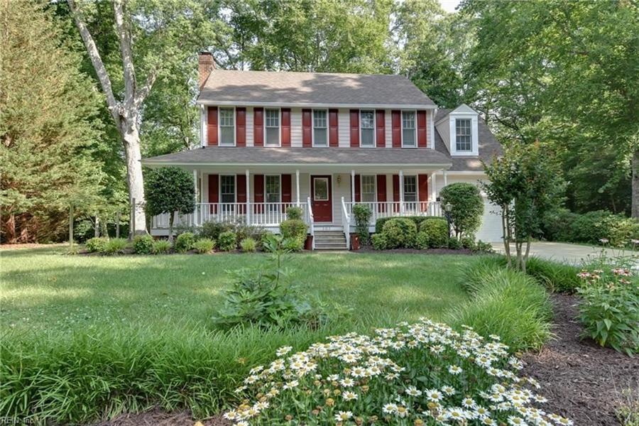 Real Estate Photography - 307 Winterberry Ln, Smithfield, VA, 23430 - Location 1
