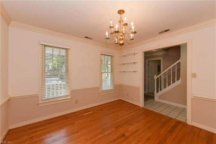 Real Estate Photography - 307 Winterberry Ln, Smithfield, VA, 23430 - Location 6