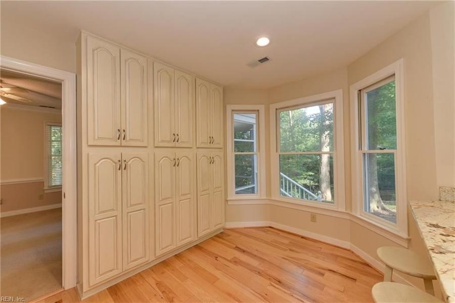 Real Estate Photography - 307 Winterberry Ln, Smithfield, VA, 23430 - Location 9