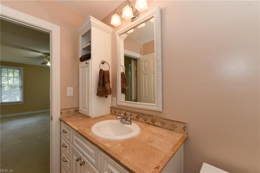 Real Estate Photography - 307 Winterberry Ln, Smithfield, VA, 23430 - Location 20
