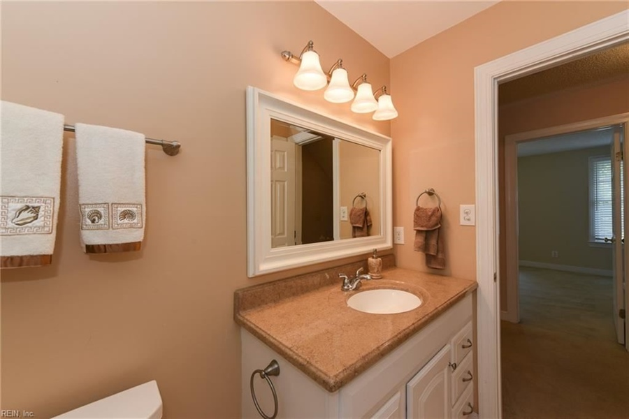 Real Estate Photography - 307 Winterberry Ln, Smithfield, VA, 23430 - Location 23
