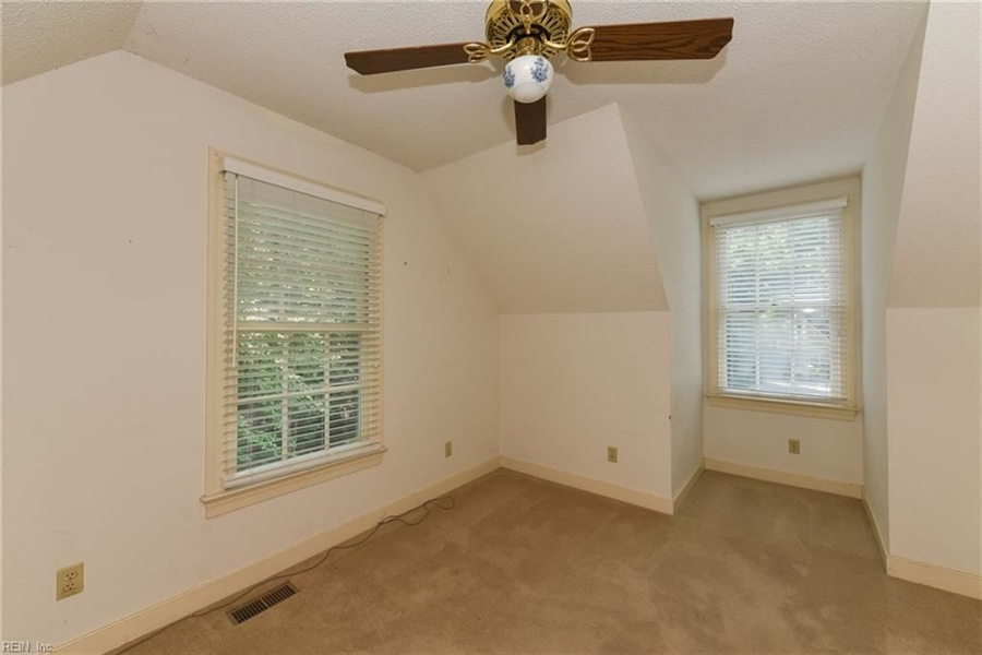 Real Estate Photography - 307 Winterberry Ln, Smithfield, VA, 23430 - Location 26