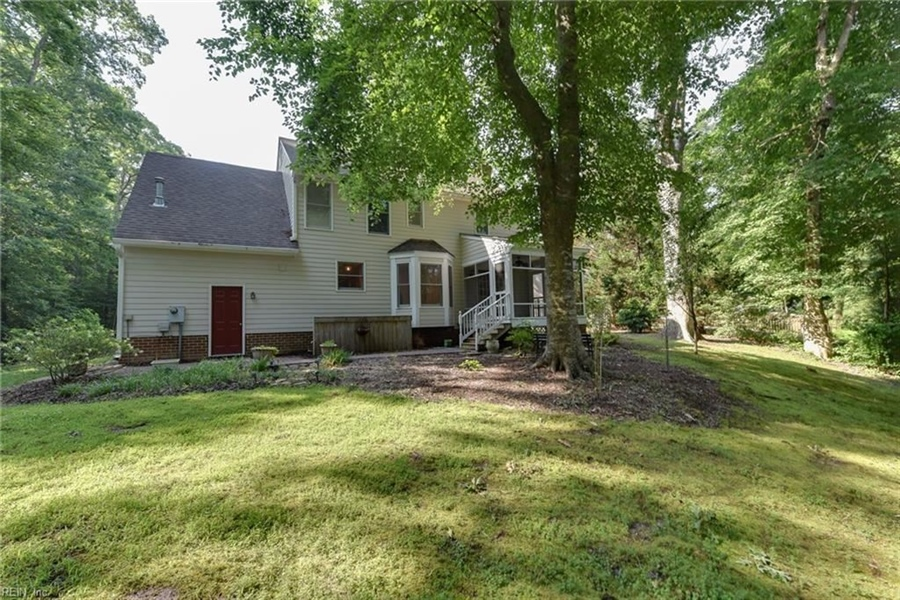 Real Estate Photography - 307 Winterberry Ln, Smithfield, VA, 23430 - Location 29