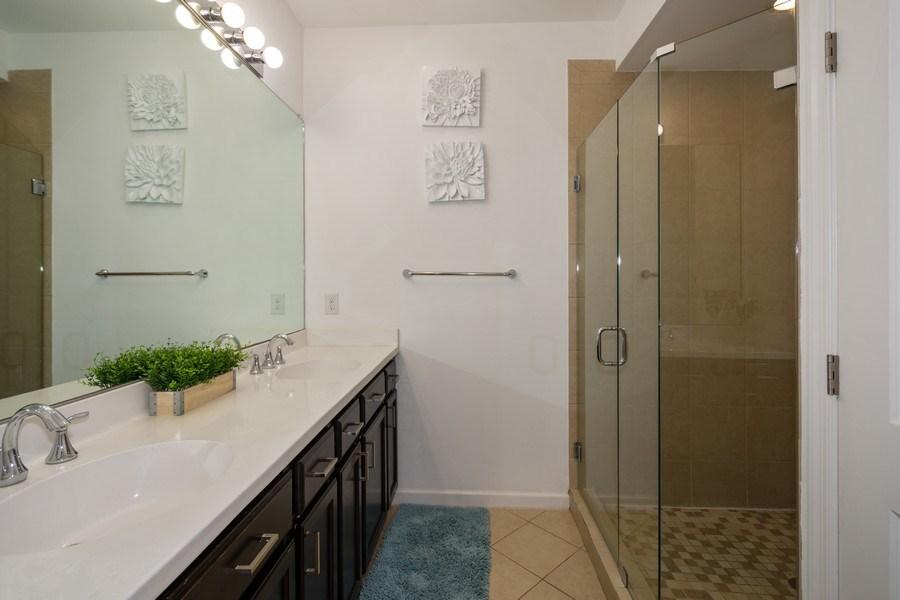 Real Estate Photography - 2906 Cascada Isle Way, Cooper City, FL, 33024 - Master Bathroom