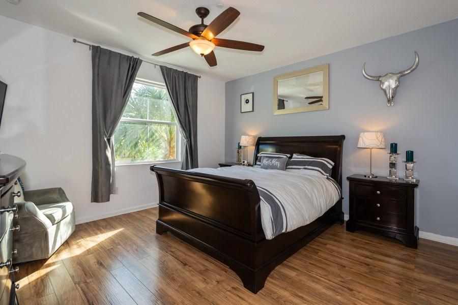 Real Estate Photography - 2906 Cascada Isle Way, Cooper City, FL, 33024 - Master Bedroom