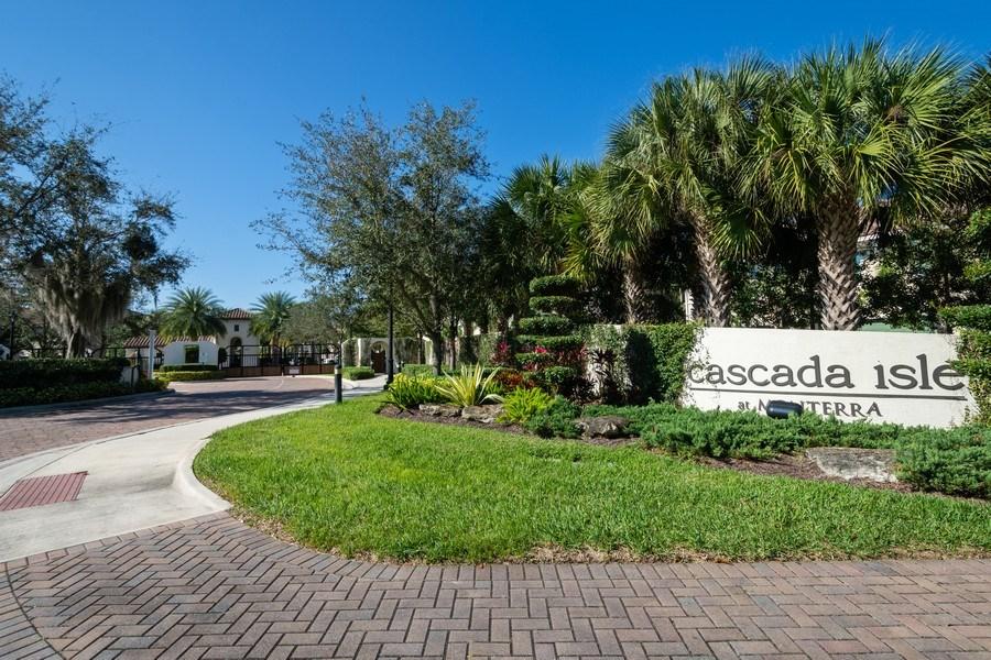 Real Estate Photography - 2906 Cascada Isle Way, Cooper City, FL, 33024 - Entrance