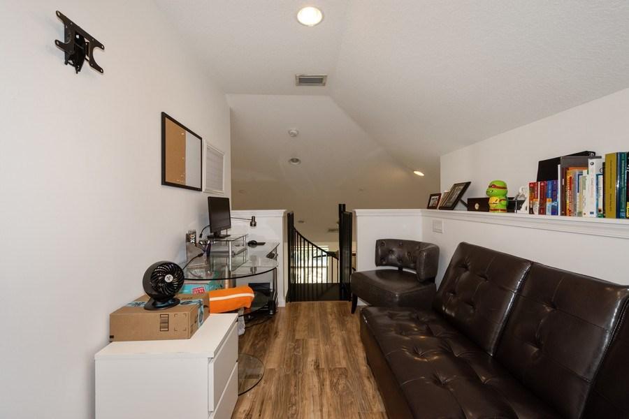 Real Estate Photography - 2906 Cascada Isle Way, Cooper City, FL, 33024 - Loft