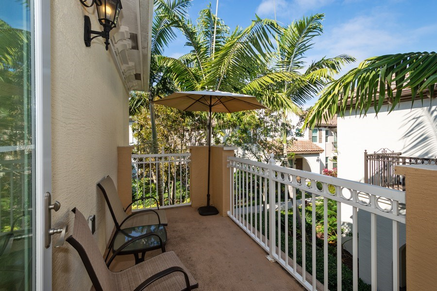 Real Estate Photography - 2906 Cascada Isle Way, Cooper City, FL, 33024 - Balcony